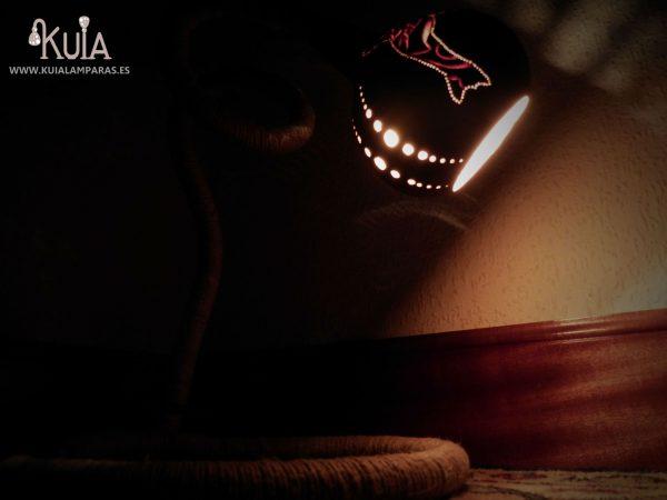 lampara con iluminacion de ambiente bahari