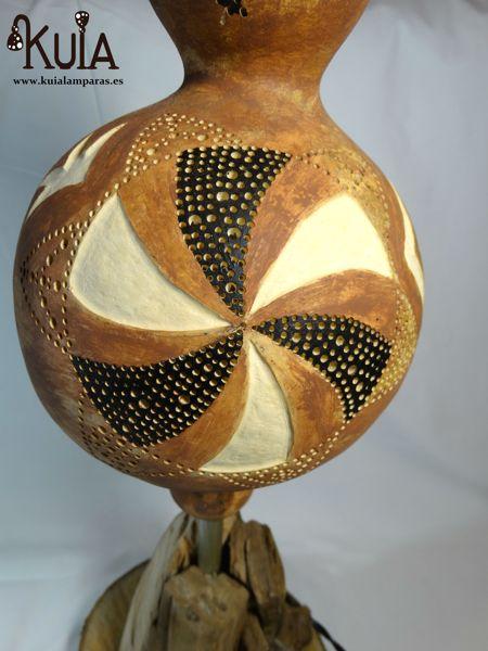 lampara con diseño de simbolos strom