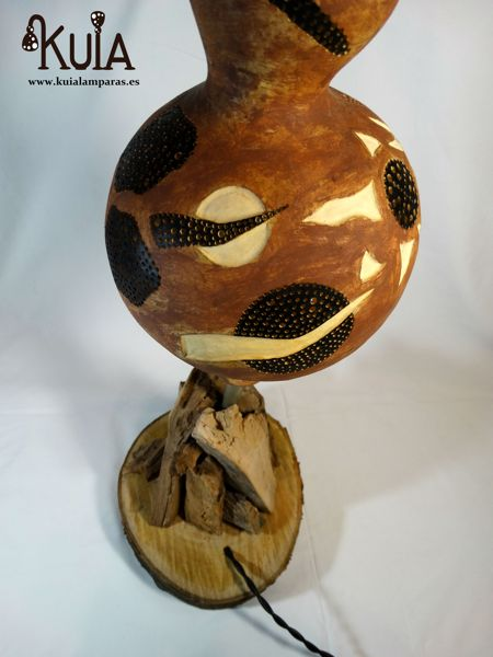 lampara con base de madera strom