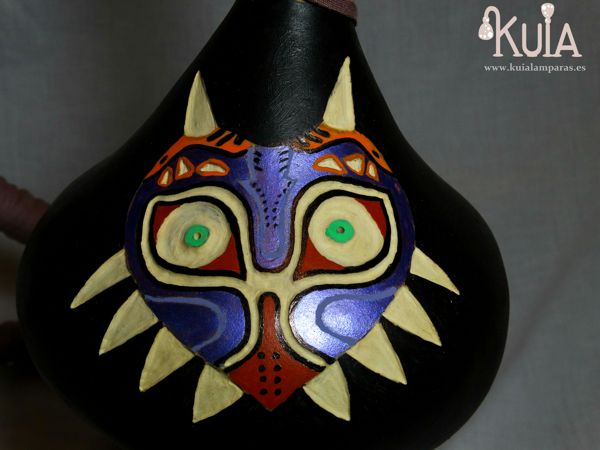 lampara personalizada con majoras mask