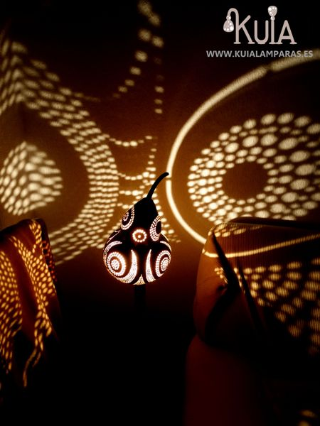 lampara ambiental que proyecta bompet
